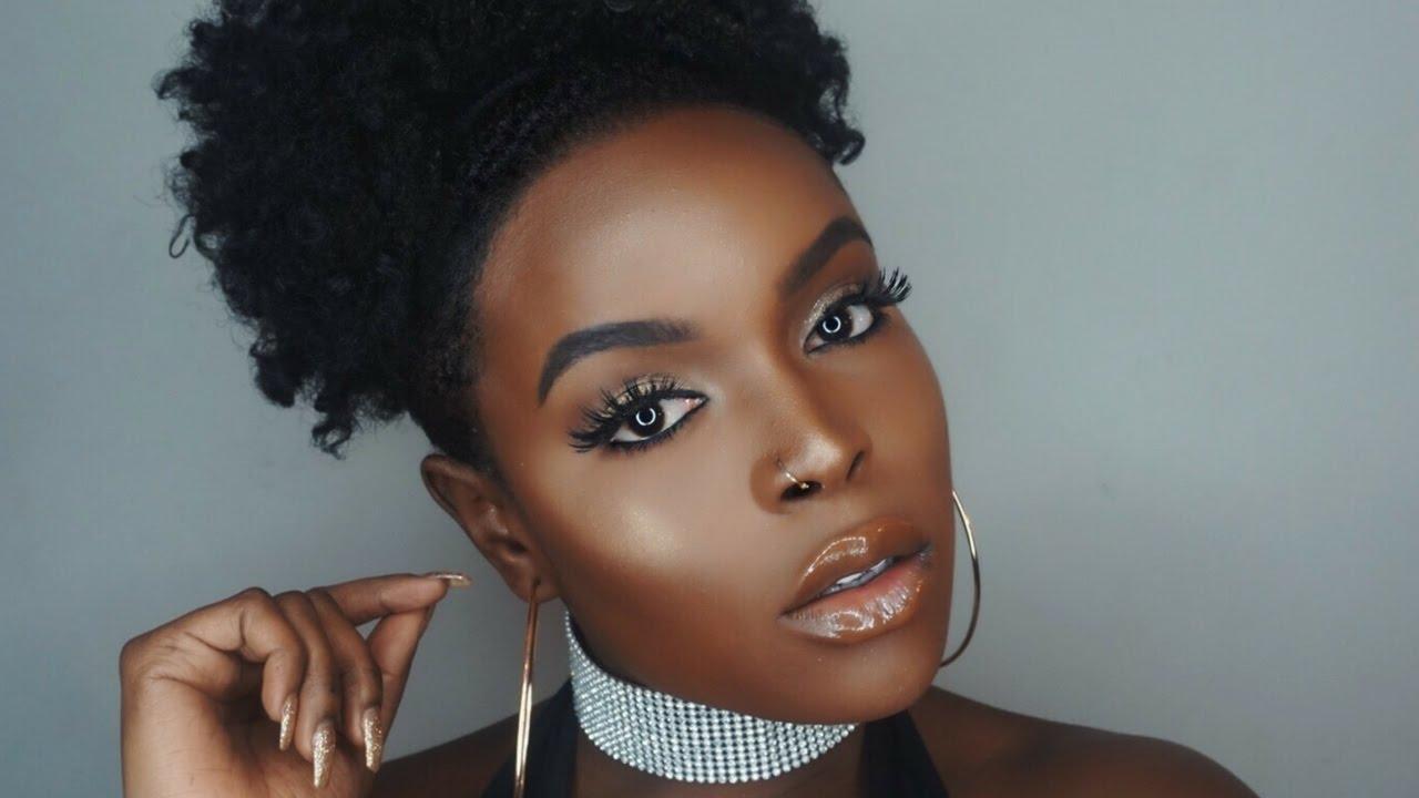 Glossy Lips with Glittery Eyeshadow